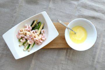 asparges rejer og hollandaisesauce
