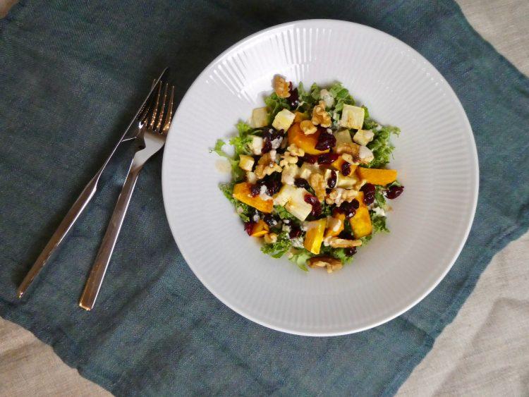 Salat med bagt selleri og græskar