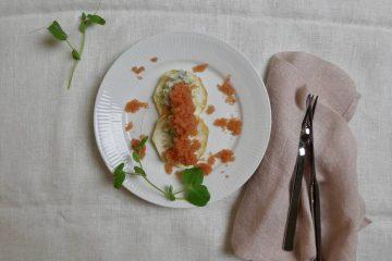 knoldselleri med stenbiderrogn og agurk