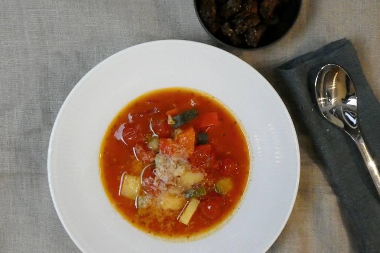 Hurtig tomatsuppe - til juletiden