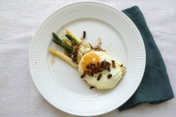 tapas med asparges og æg