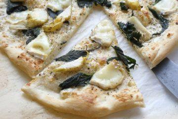 pizza med brændenælder